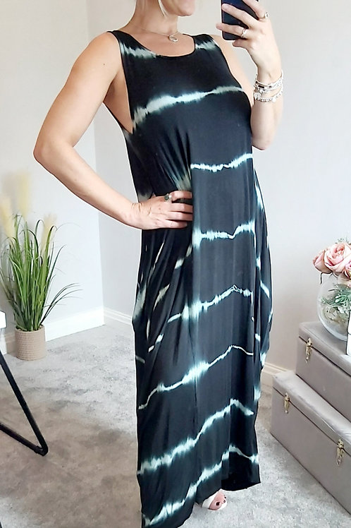 Black Oversized Tie Dye Maxi Dress