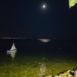 Little boat and Moon