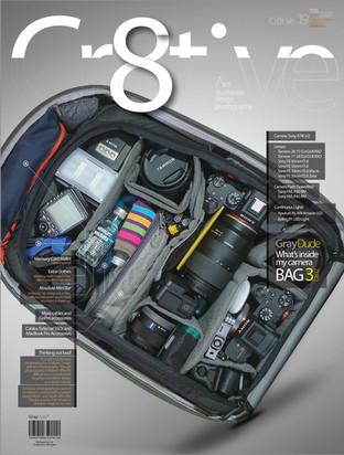 Cr8tive Whats Inside my Bag 02-01.jpg