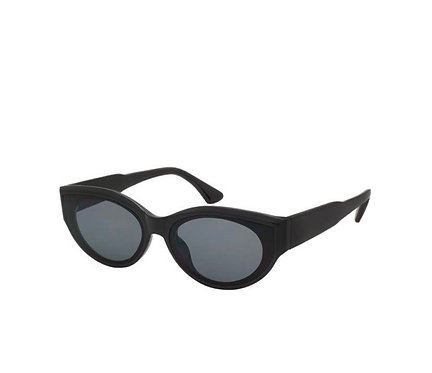 90s Cat eye Sunnies- jet black