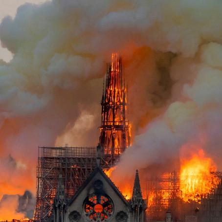 Notre Dame: Las Llamas del llamado