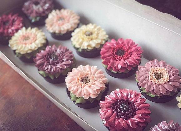Porcelain Daisy Cupcakes