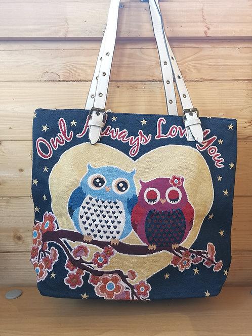 Owl Love Tapestry Bag
