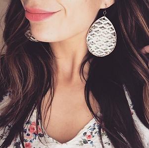 Leather_Teardrop_Earrings_1.png