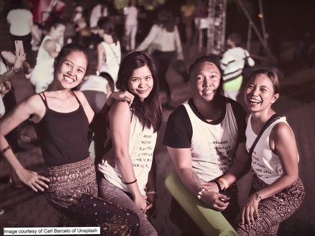 11 Types of Tita You Meet at Every Party