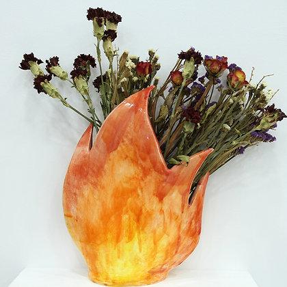 ვაზა ცეცხლია