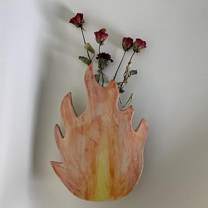 Fire vase for walls