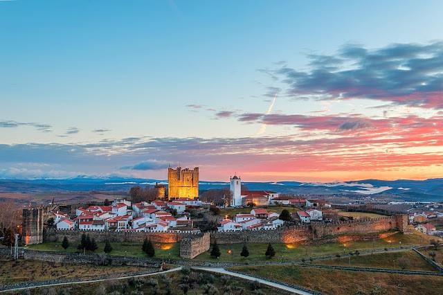 Bragança, Portugal : - A Maçonaria, o Judaísmo e o Catolicismo estão nesta cidade bem representados