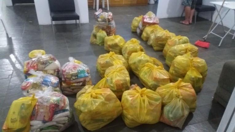 A Loja Maçónica Força e União Vale do Jiquiriçá fez doações de alimentos e brinquedos em Mutuípe, Brasil
