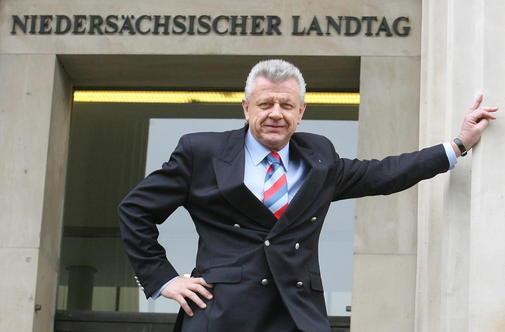 Ex-Presidente do Estado, Drº Jürgen Gansäuer (CDU) deverá promover uma palestra para os 300 anos da Maçonaria