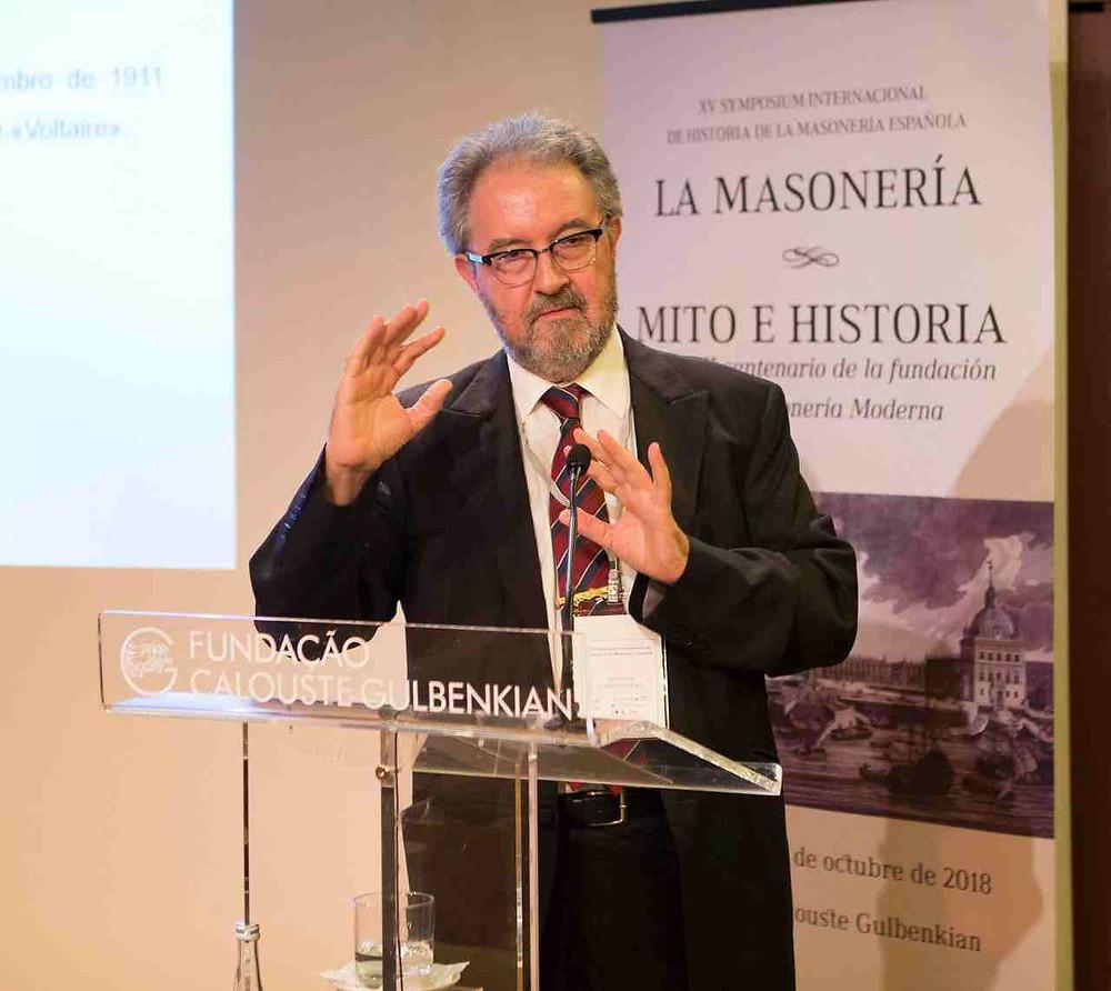 Professor António Ventura no XV Simposium de História de la «Masoneria Española»