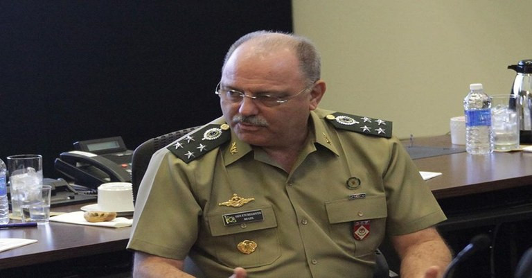 General Etchegoyen, Ministro-Chefe do Gabinete de Temer realiza uma palestra numa Estrutura maçónica.