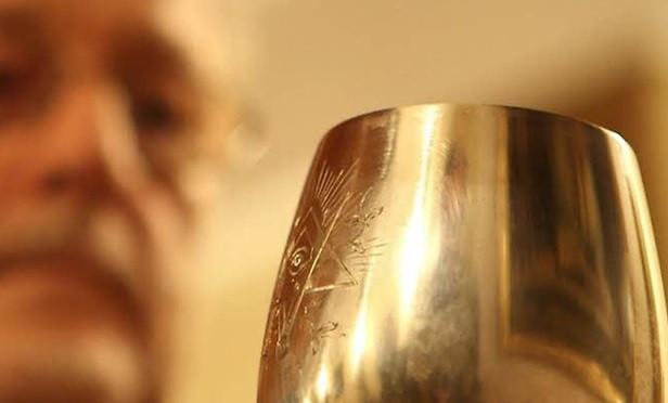 Esta taça sobreviveu aos nazista que baniram a Maçonaria