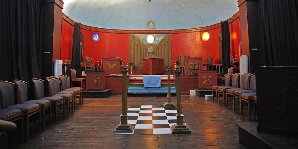 Loja «l'Orient de la Sincérité de Saintes» é uma das mais antigas da França