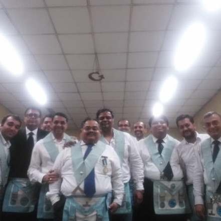The Brothers of Mount Everest and Lebong Lodge no 52 GLI with the Worshipful Master ( Image )