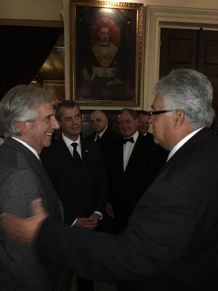 Querido Hermano Tabaré Vazquez, Ex-Presidente de la República del Uruguay ha pasado E. O.