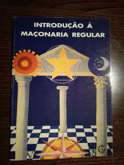 Literatura Maçónica: - Introdução à Maçonaria Regular com Dedicatória a Álvaro Carva (1993). Dedicatória realizada pelo Grão-Mestre Fernando Teixeira