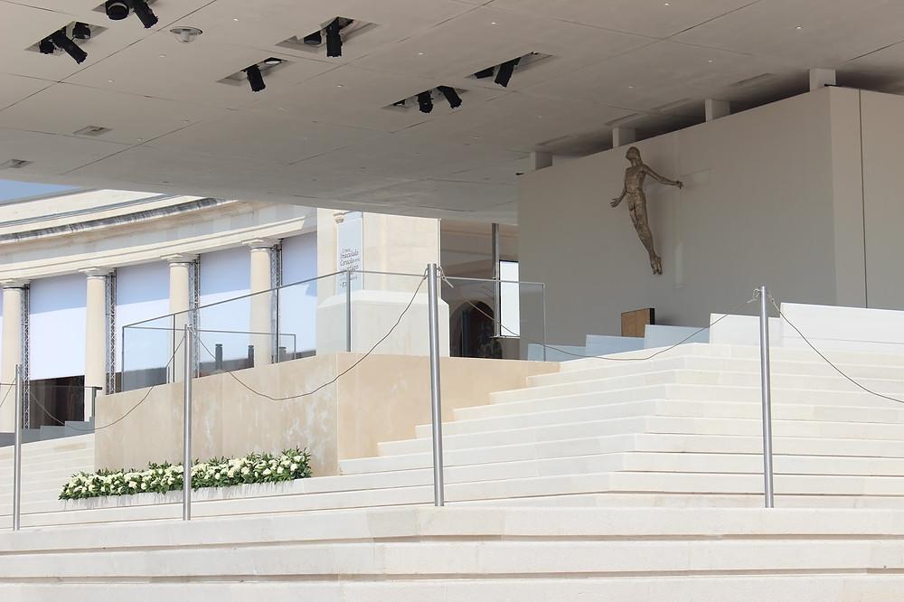 Fátima, fenómeno religioso e com interesse arquitectónico