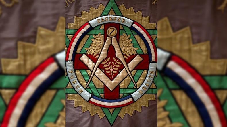 Les Frères de la Grande Loge Nationale Française félicitent le nouveau Grand Maître National Georges