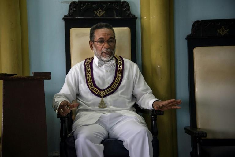CUBA: «Mais liberdade para as religiões e associações espirituais?»