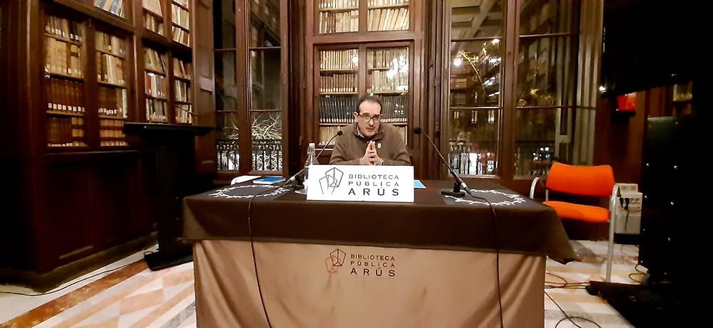 """Nuestro MIH Joaquim Villalta en su magistral conferencia sobre: """"El otro legado de Étienne Morin"""" en la Biblioteca Publica Arús de Barcelona - 23 de enero de 2020"""