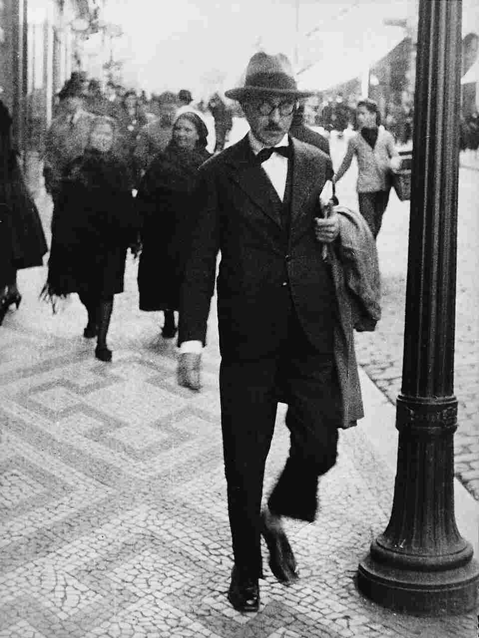 Grande Oriente de Itália apresenta aos seus maçons o escritor português Fernando Pessoa