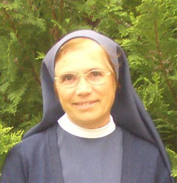 Exéquias da católica e Ir Helena de Amorim