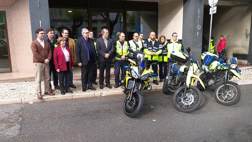 GLLP/GLRP faz entrega de mota ao INEM