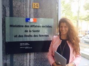 Marlène Schiappa e Françoise Laborde trocam mensagens no Twitter