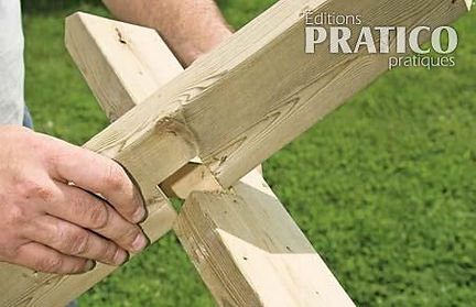 Croix en bois.jpeg