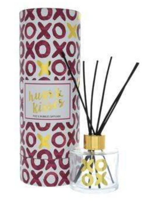 Hugs & Kisses Reed Diffuser in Gift Box Prosecco Scent 100ml