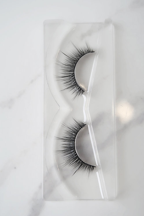 SULTRY LASH