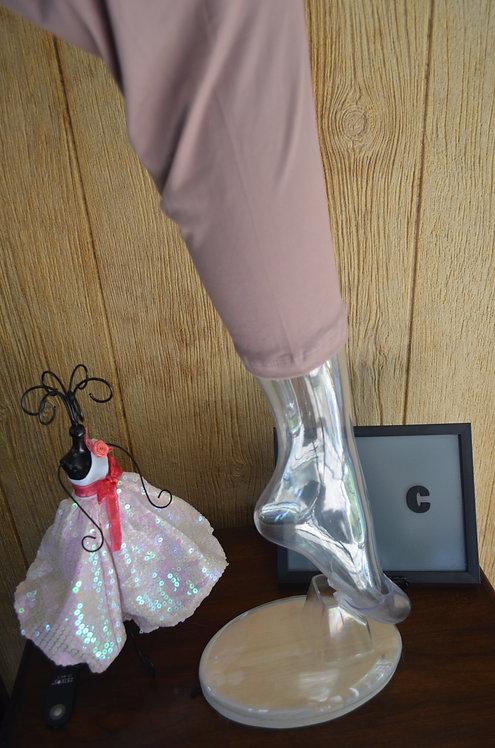 Mauve Capri Curvy leggings