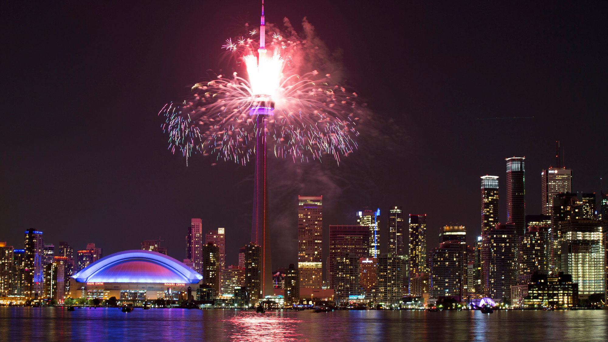 fireworks-cn-tower