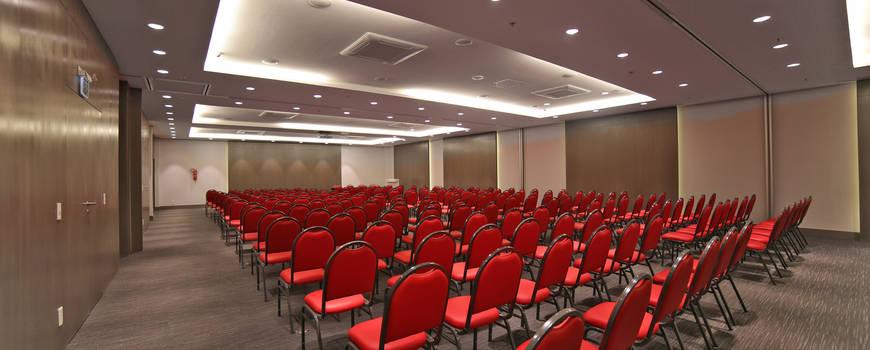 nh_curitiba_the_five-035-meeting_room_setting