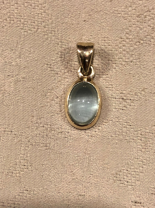 Aquamarine Pendant set with sterling silver