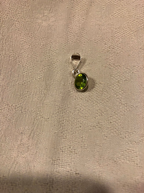 Peridot pendant set with sterling silver