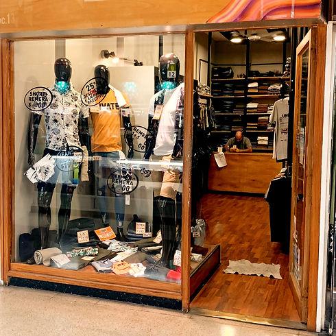 Ivan - local 12 - Galeria Rosario
