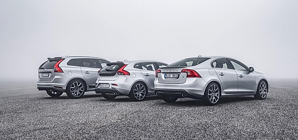 187952_Volvo_V40_S60_and_XC60_with_Poles