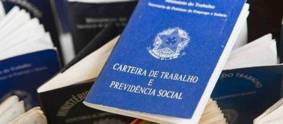 NUM CENÁRIO DE INCERTEZAS, JUSTIÇA IMPEDE SUSPENSÃO DE SALÁRIOS DE TRABALHADORES DO TRANSPORTE