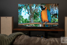 sony-x900f-tv-review-lifestyle-720x720.j