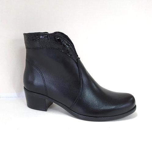 84-5205 juoda