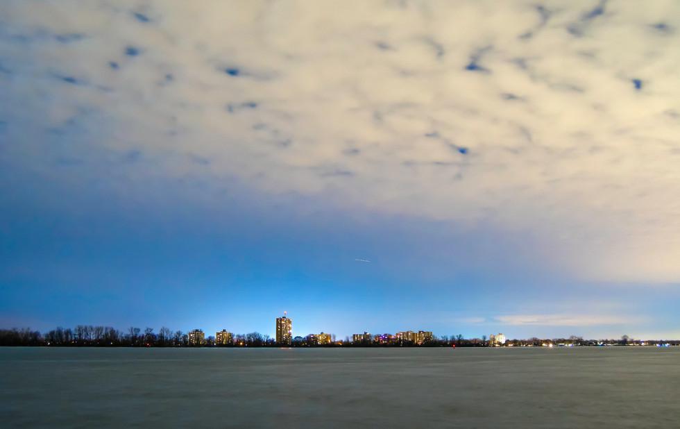 North American Skies. Grosse Pointe, Michigan. 07 December 2019, 6:43 P.M.