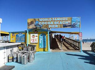 Cocoa_Beach_Pier_(Cocoa_Beach,_Florida)_