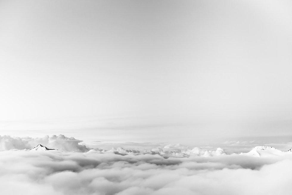 above-atmosphere-clouds-flight-37728_edi
