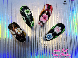 One-Stroke Floral Nail Art