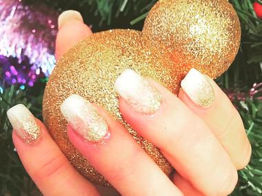 Xmas Gold Glitter Nails