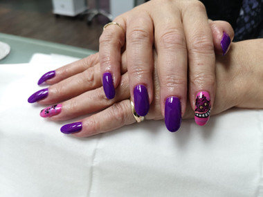 Gelish Gel polish & Cheshire Cat Nail Art