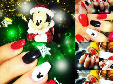 Xmas Dip Powder Nails