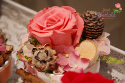 Pigne, rose, fiori in seta